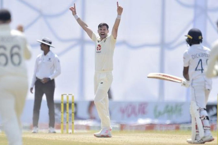 England's Anderson takes 6-40 on second day in finely poised second Test