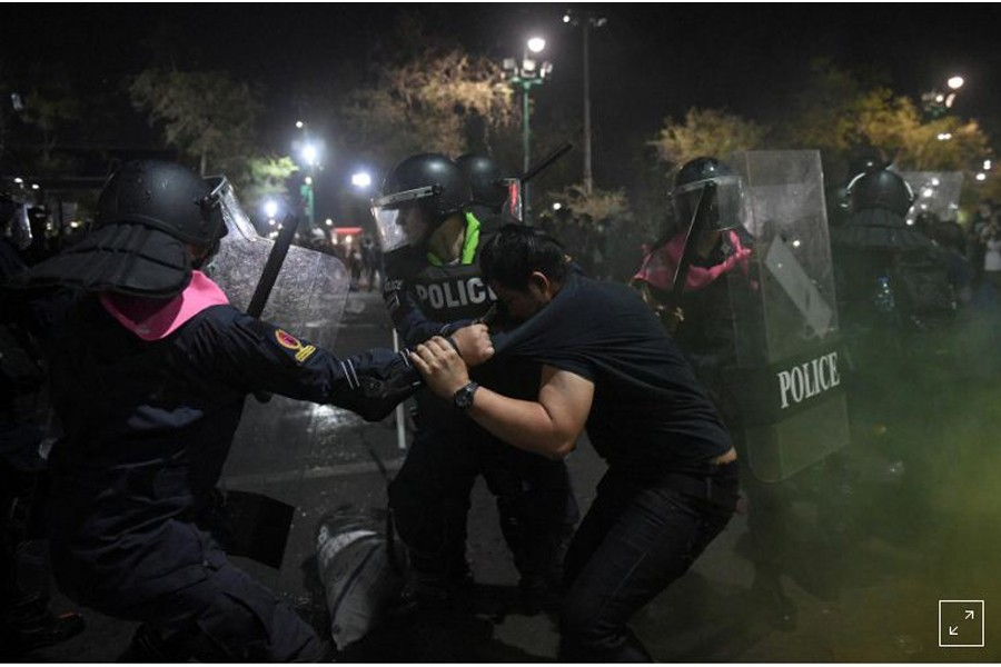 Police in Bangkok clash with protesters