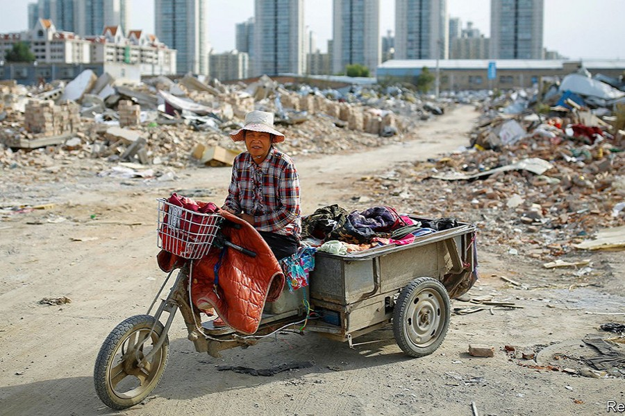 China loses workers as its 1.4B people age