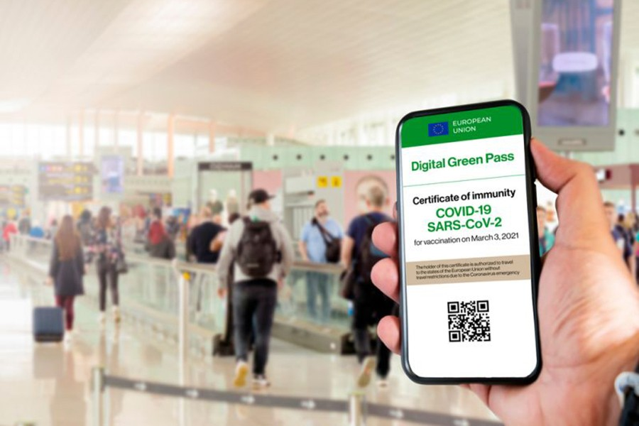 Italy launches Covid-19 digital 'green pass'
