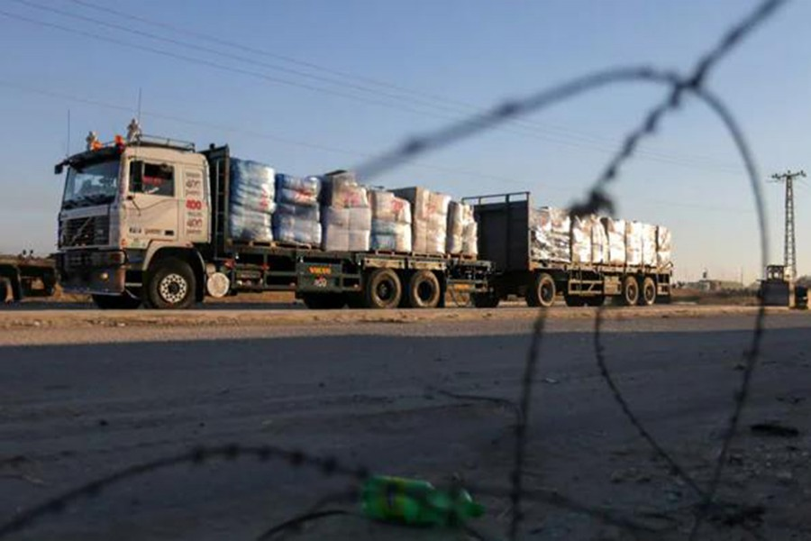 Israel allows agricultural, textile exports from Gaza