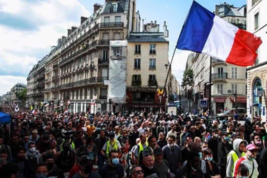 Thousands protest against French Covid-19 health pass rules