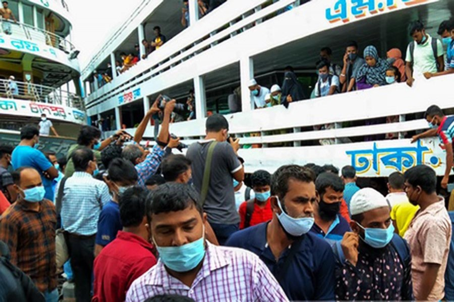 Non-factory workers return to Dhaka as govt lifts Covid curbs