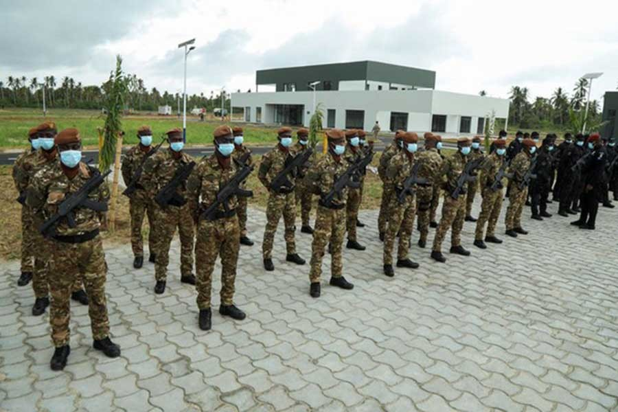 Ivorian soldiers are seen during the inauguration of a new international academy that will train civilian security experts and military officers in the fight against terrorism in Jacqueville of the country on June 10 this year –Reuters file photo